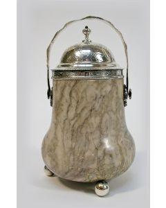 Marmeren zwavelstokbakje met gegraveerde zilveren monturen, Zaandam ca. 1860