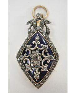Hanger met diamanten en emaille, 19e eeuw