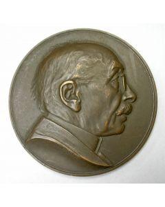 Penning, Prof. J. Böeseken 25 jaar hoogleraar organische scheikunde aan de Technische Hogeschool Delft, 1938.