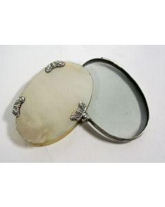 Zilveren zakloupe in paarlemoer houder, ca. 1800