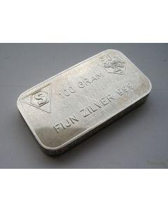 Zilverbaar van 100 gram, vervaardigd bij Schöne edelmetaal voor de Algemene Bank Nederland.