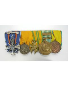 Spang van vijf onderscheidingen, met Koreakruis, ca. 1950