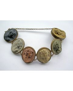 Armband met lavasteen, Italië, 19e eeuw