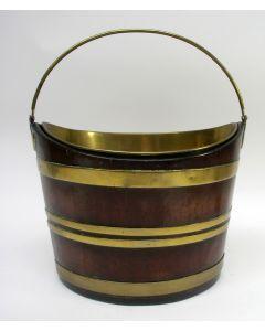 Notenhouten thee-emmer met koperbeslag, 19e eeuw