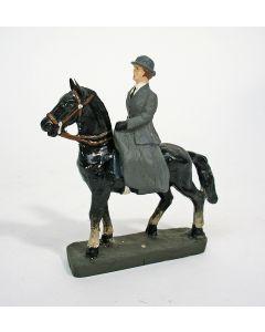 Durso figuur, Koningin Wilhelmina te paard, ca. 1935