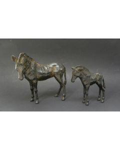 Stel bronzen beeldjes, ezels