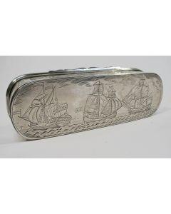 Zilveren tabaksdoos met scheepvaartvoorstellingen, Willem Wobbe, Amsterdam, 1770