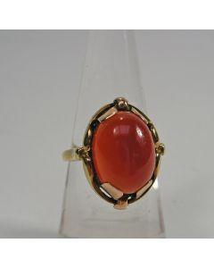 Gouden ring met karneool