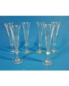 6 champagneglazen, 19e eeuw