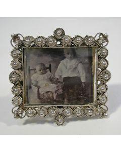 Zilveren fotobroche met Zeeuws randje, ca. 1900