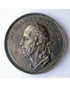 Zilveren penning herdenking Slag bij Waterloo, op naam gesteld van de Waterloo-veteraan J.W. Greup, Schoonhoven 1865