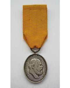 Medaille voor IJver en Trouw in zilver, 1877 (variant)