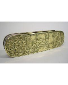 Gegraveerde koperen tabaksdoos met overspeltaferelen, 18e eeuw