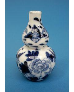 Chinees porseleinen kalebasvaasje, 19e eeuw