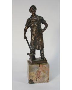Ludwig Gräfner, bronzen beeldje van een smid