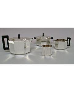 Kubistisch theeservies, Gero, ontwerp Chris van der Hoef