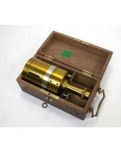 Equerre / hoekkruis met kompas, in kistje, ca.1900