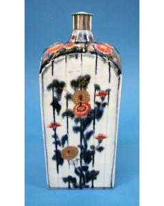 Japans Imari sakefles of jeneverfles, eind 17e eeuw