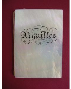 Naaldenboekje in paarlemoeren omslag, 19e eeuw