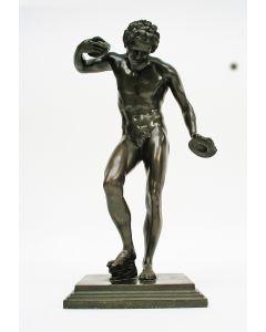 Massimiliano Soldani Benzi, dansende faun met cymbalen, brons