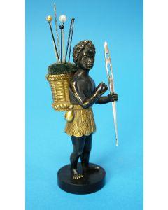 Bronzen speldenkussen, Moriaantje, empire periode