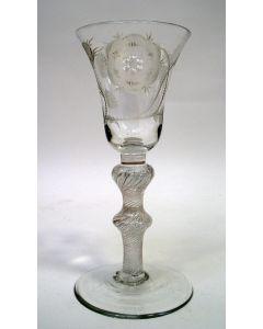 Gegraveerd 'Jacobite' wijnglas, 18e eeuw