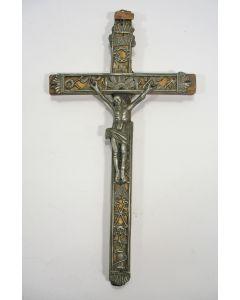 Crucifix met tinnen corpus, ca. 1800