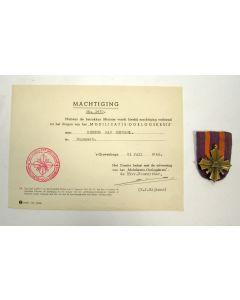 Mobilisatie-oorlogskruis, met bijbehorende machtiging op naam, 1949