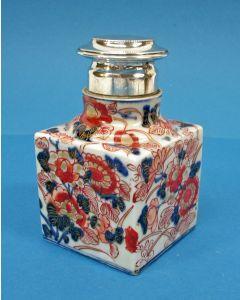 Japans Imari theebus met zilveren dop, 18e eeuw