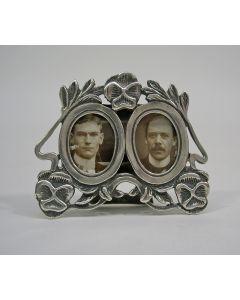 Miniatuur zilveren fotolijstje