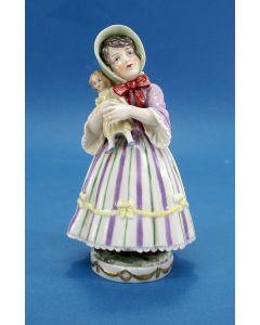 Porseleinen beeld, meisje met pop, Passau, ca. 1900