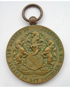 Draagpenning 50-jarig bestaan der Burgerscholen N.H. Gemeente te Utrecht, 1909