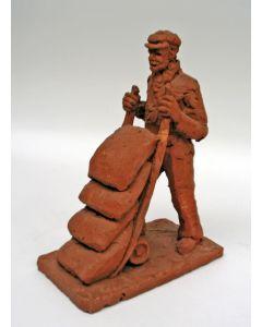 Jos Hoogwout, terracotta plastiek Bouwvakker