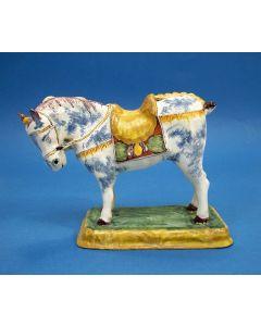 Delfts polychroom beeld van een paard, 18e eeuw