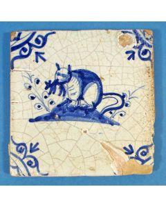 Figuurtegel, kat en muis, 17e eeuw