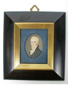 Portretminiatuur op ivoor, voorname heer, ca. 1810