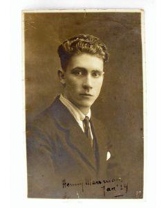Gesigneerde foto, Hendrik Marsman,1924