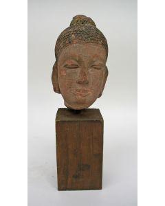 Zandstenen Boeddhabeeld, Khmer, Cambodja, 12e / 14e eeuw