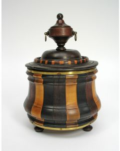 Houten tabakspot, Lodewijk XV! periode, eind 18e eeuw