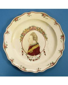 Staffordshire creamware bord met de voorstelling van Stadhouder Willem V, ca. 1780.