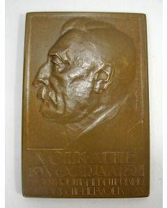 Plaquettepenning, Pieter Jelles Troelstra 25 jaar hoofdredacteur van het Volk, 1924 [Chris van der Hoef]