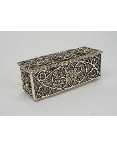 Zilveren filigrain kistje, 19e eeuw