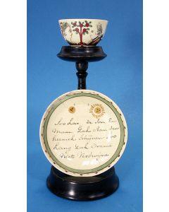 Staffordshire creamware kom en schotel met de voorstelling van Stadhouder Willem V en Wilhelmina van Pruissen en tekst, ca. 1785.
