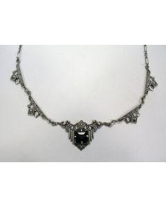 Zilveren collier met onyx en markasietjes, art deco periode