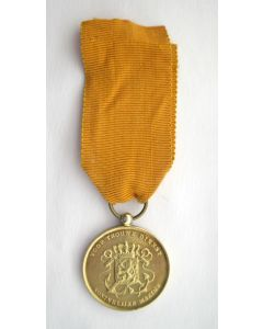 Medaille voor Langdurige Trouwe Dienst Koninklijke Marine 'ín goud'.