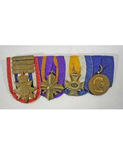 Spang van vier onderscheidingen van een officier, ca. 1940-1950