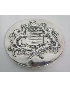 Zilveren snuifdoos met familiewapen Van Roon, mogelijk Middelburg, 18e eeuw
