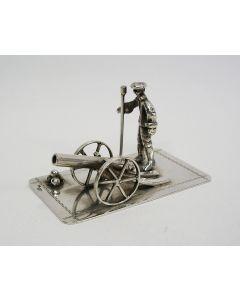 Zilveren miniatuur, kanonnier