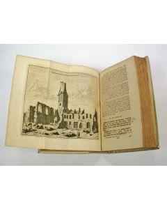 Oudheden en gestichten van Delft en Delfland, mitsgaders van 's Gravenhage, boek met gravures, 1720