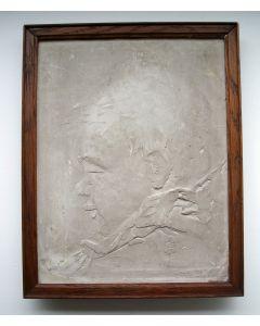 Gipsen plaquette met de voorstelling van zijn dochtertje, Chris van der Hoef, 1916